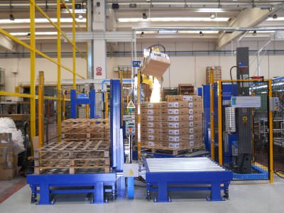 Image realization Cooker hoods packing and palletisation line CTF Automazioni Srl