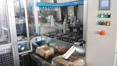 Immagine realizzazione Macchina automatica per controllo filettatura su particolari meccanici CTF Automazioni Srl