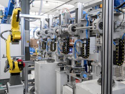 Immagine realizzazione Linea assemblaggio, equilibratura e controllo meccanismi dischi frizione CTF Automazioni Srl